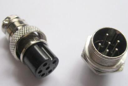 如何选用合适的航空插头插座